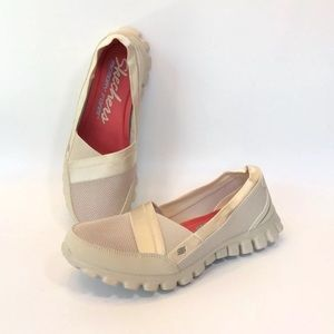 Skechers Memory Foam Shoe Slip On Ivory Sneaker